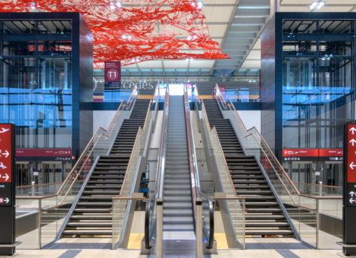 Fluggastterminal BER: Aufgang zum Abflug